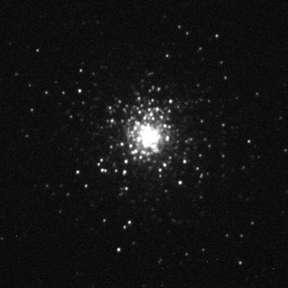 Kulová hvězdokupa M15 na 15s expozici ve filtru R.