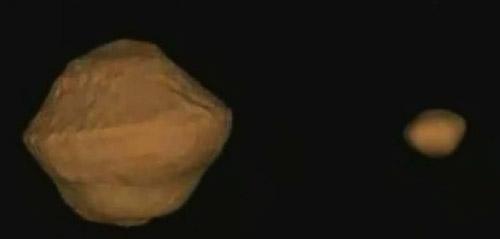 3D model binárneho asteroidu 1999 KW4, zobrazujúci rovníkovú výduť a mesiačik, ktorý sa pravdepodobne od primárneho telesa uvolnil v dôsledku odstredivej sily, ktorá narástla po zrýchlení rotácie primáru v dôsledku YORP efektu.