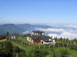 Profesionální (synoptická) meteorologická stanice na Lysé hoře