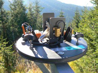 Automatický člunkový srážkoměr (elektronika srážkoměru a měřící část)
