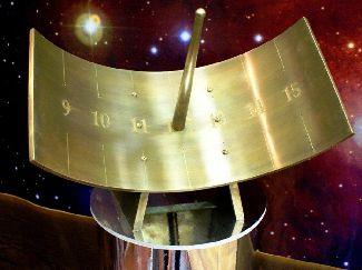 Slnečné hodiny s ukazovateľom v tvare valca